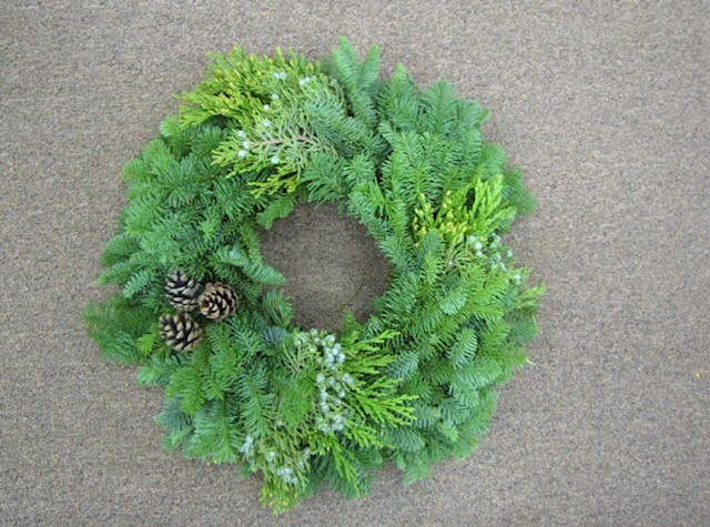 Mixed Candle Wreath